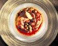 עוף בלימון כבוש וזיתים של פיני לוי. צילום: ריאן