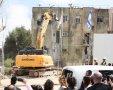 """ההריסה הראשונה בקרית יובל. שדרות היובל. צילום: נעמי זידמן /קרסו נדל""""ן- קדמת היובל"""